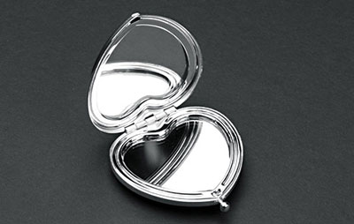 Silver Plated Heart Shaped Compact Mirror