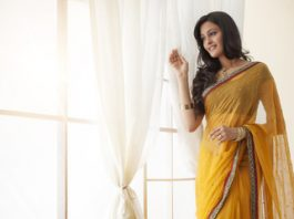 Trendiest Hairstyle while Wearing Saree