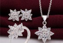 Beautiful Christmas Fashion Jewellery