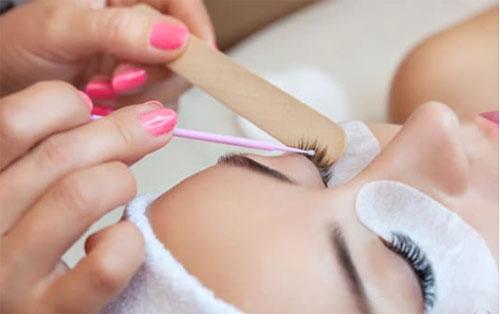 Eyebrow Growth Tips